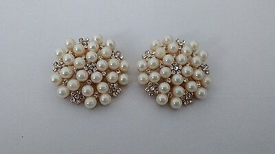 Pearl Shoe Clips.