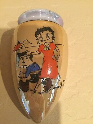 Betty Boop Vintage Wall Pocket