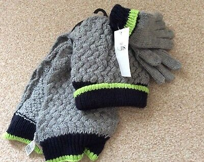 Boys Marks and Spencer's Navy Hat, Gloves and Scarf Set Age 6-10 Years