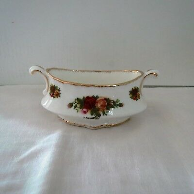 Royal Albert-Old Country Roses-Oval Flower Pot-Urn