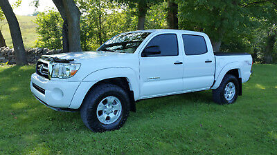 2007 Toyota Tacoma TRD Off-Road 2007 Toyota Tacoma Double Cab 4x4 TRD Off-Road - Low Miles!