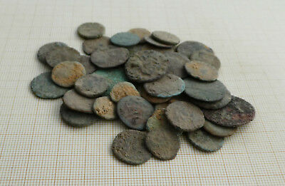Lot of 50 ancient late Roman coins, uncleaned (L1)