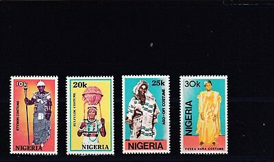 a130 - NIGERIA - SG582-585 MNH 1989 TRADITIONAL COSTUMES
