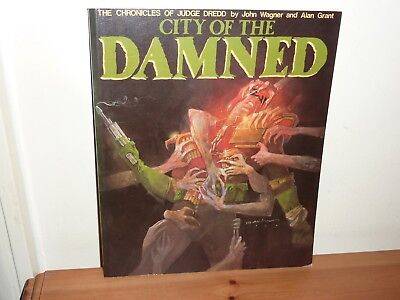Chronicles of Judge Dredd City of the Damned - 2000AD Graphic Novel Titan Books