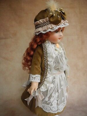 Beautiful vintage dress  for antique  French and German dolls