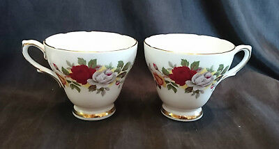 *VINTAGE Traditional ROYAL SUTHERLAND Fine Bone China ROSE PATTERN TEA CUPS*