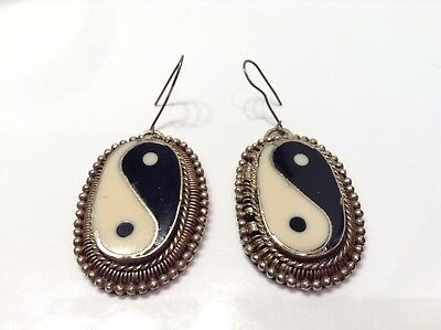 Vintage Silver Tone Enameled Yin-Yang Dangle Hook Hearings