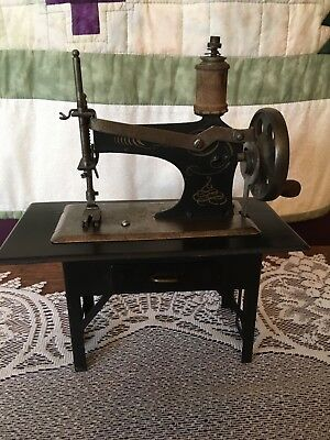 Rare Antique Casige Model 204/1 Toy Sewing Machine