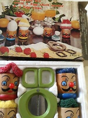 quiky vintage egg cup set wooden new in box