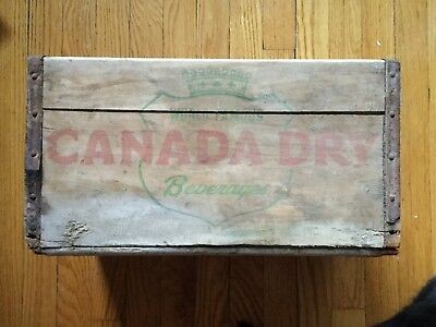 "Vintage Canada Dry Wooden Storage Advertising Crate - Very ""farm fresh"""