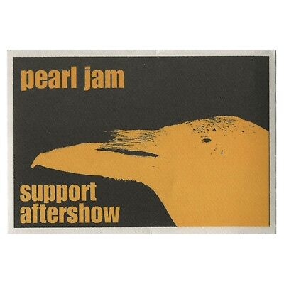 Pearl Jam Authentic 1998 Yield Tour satin cloth Backstage Pass Eddie Vedder