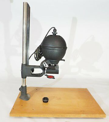LEITZ (LEICA) 35mm ENLARGER WITH LENS