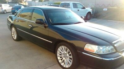 2007 Lincoln Town Car  2007 Lincoln Towncar