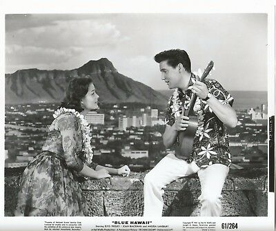 ELVIS PRESLEY 1961 BLUE HAWAII Movie Promo Photo DIAMOND HEAD Ukulele LEIS