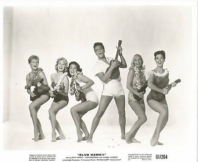 ELVIS PRESLEY 1961 BLUE HAWAII Movie Promo Photo GIRLS Ukuleles LEIS Swimsuits!!