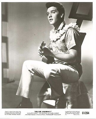 ELVIS PRESLEY 1961 BLUE HAWAII Movie Promo Photo Music ALOHA Shirt, LEI, Ukulele