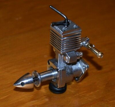 Pfeffer 06 Diesel model airplane engine 1cc vintage .06 control line free flight