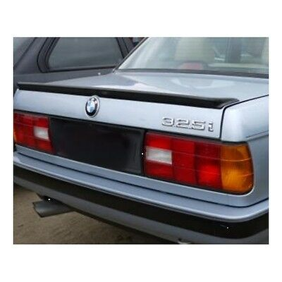 Alerón BMW e30 IS --- BMW e30 IS rear spoiler wing --- Aileron BMW