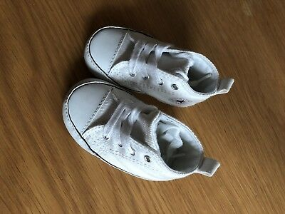 Baby Converse Size 2 3-6 Months