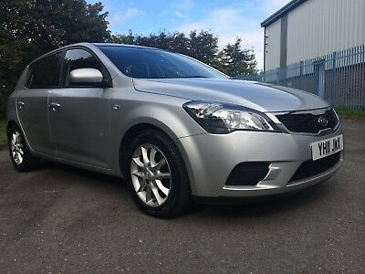 2011 Kia Ceed Vr-7*1 Lady Owner*low Miles*full History*manufacturers Warranty*