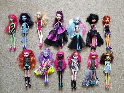 Monster High Doll Bundle.
