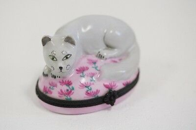 Limoge France Gray Cat Trinket Box with Ball of String painted inside