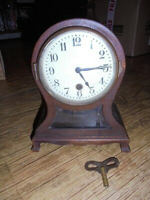 Antique Clock Work Mantel/Table Clock. In Working Order, with Key.