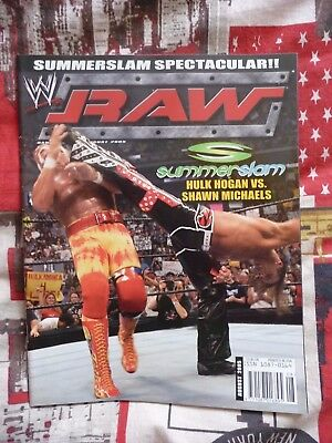 WWE Raw Magazine Hulk Hogan & HBK – August 2005