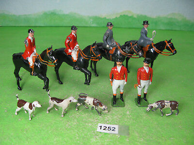 vintage britains lead hunt mixed mounted figures standing & dogs 1252