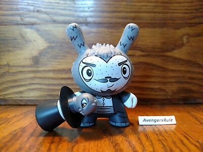 Dunny Series the Bots' Scared Silly KidRobot Magician 1/24