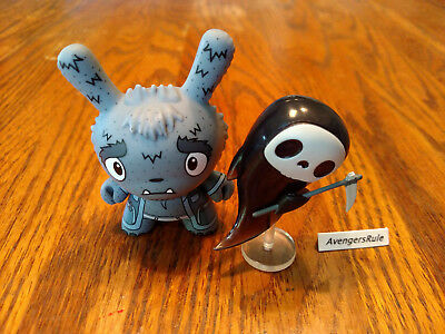 Dunny Series the Bots' Scared Silly KidRobot Death 1/24