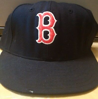 VINTAGE BOSTON RED SOX MLB TWINS ENTERP.  PRO MODEL Baseball Cap Fitted 7 1/4
