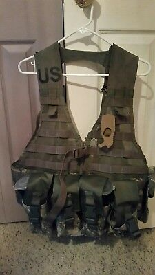 US Army MOLLE II Woodland Fighting Load Carrier Vest FLC