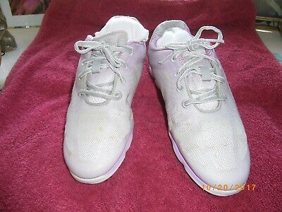 Ladies Footjoy Empower Golf Shoes Size 5 Wide