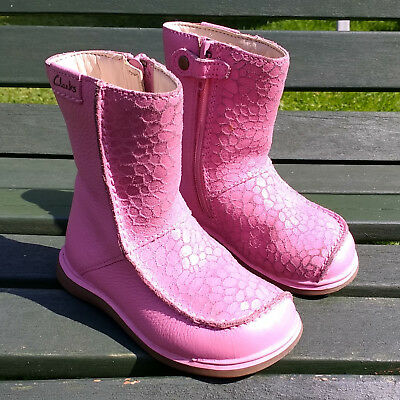 Clarks 'Snuggle Up' Pink Leather Boots Size 5 G