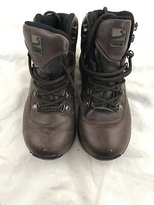 Freedom trail Walking Boots Size 3