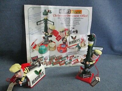 Hershey's Reese's Chocolate Christmas Ornaments Elves on Mailbox Lamp Post 1996
