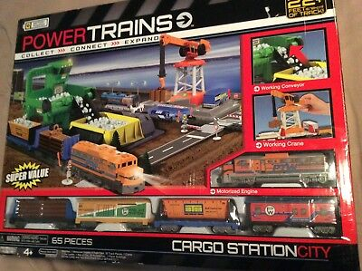 Power Trains Cargo Station City Motorized Train Set Jakks Pacific 22 ft of track
