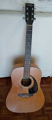Simon & Patrick SP-6 Cedar Top guitar with fitted pickup