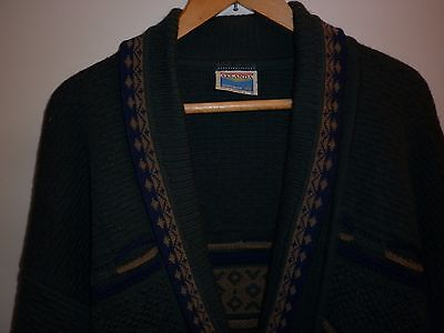 1980s TEXTURED PURE WOOL CARDIGAN SIZE M EXCELLENT CONDITION