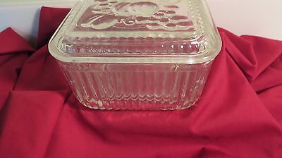 Vtg Federal Glass Clear Square Refrigerator Box Dish with Fruit Lid