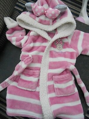 baby girls dressing gown, age 12-18 months, Disney