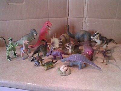 Large Collection of 15 Jurassic Dinosaurs  Figures Model Toys & nest of eggs