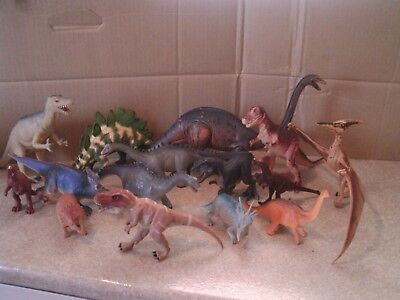 Large Collection of 15 Jurassic Dinosaurs  Figures Model Toys