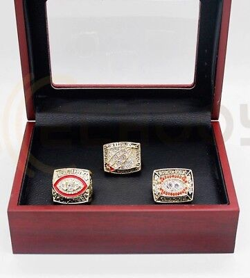 Washington Redskins NFL Super Bowl Replica Rings x 3 With Wooden Box