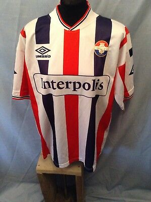 Vintage Willem II home shirt. Adults Large. ( player issue??)