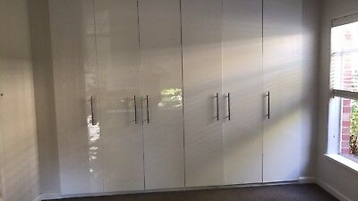 Built in Gloss Laminate Wardrobes Fitted