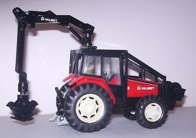 BRITAINS  VALMET 805 FORESTRY Logging tractor good unboxed