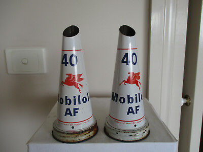 Mobiloil  Af  40  Tin  Oil  Bottle  Pourers    ( A  Matching Pair )
