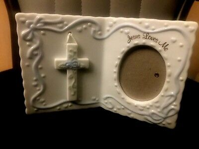 "Great Christening Gift! Russ Berrie ""Jesus Loves Me"" Porcelain Photo Frame 2x3"
